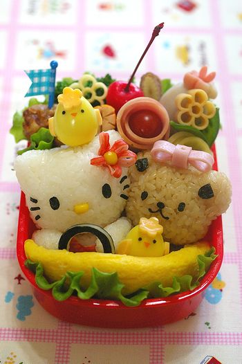 cute Hello Kitty Japanese bento box