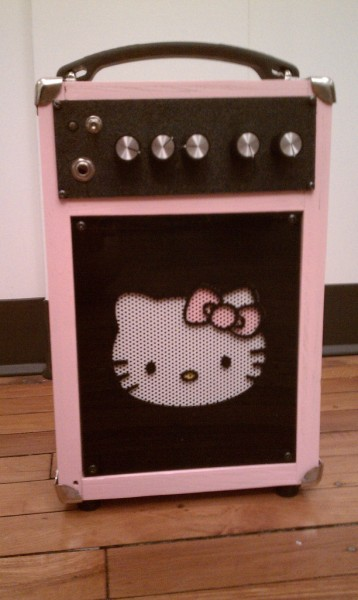 Hello Kitty guitar amplifier music