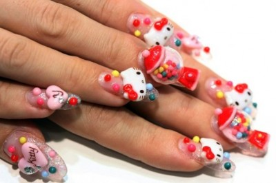 Hello Kitty bubblegum nails