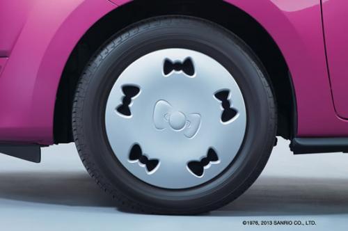 Hello Kitty bow tire rims