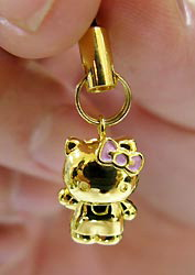 Hello Kitty 18k gold phone strap