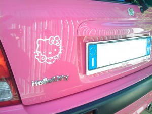 hello-kitty-car-honda-1