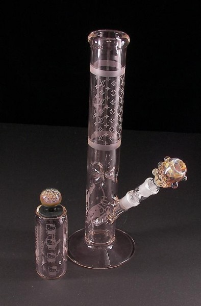 Hello Kitty Louis Vuitton bong