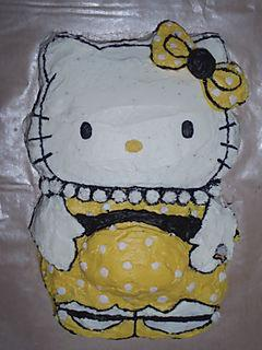 Hello Kitty Pregnant Cake
