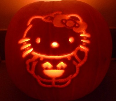 Hello Kitty pumpkin face