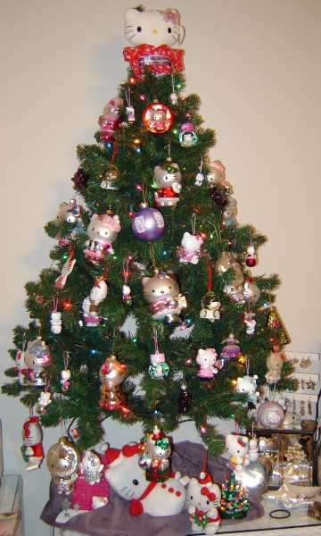 Hello Kitty Christmas tree with ornaments
