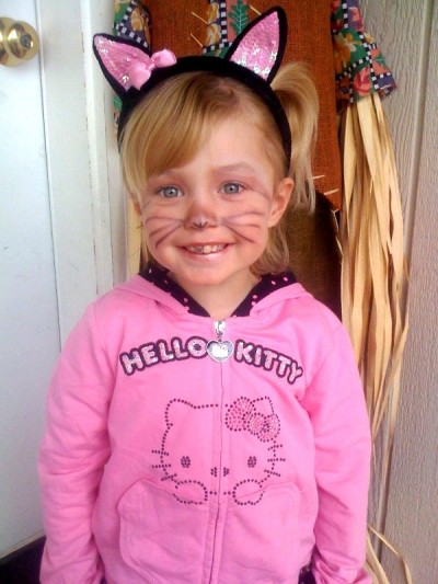 Hello Kitty kid Halloween costume