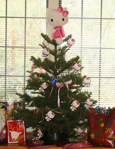 Hello Kitty mini Christmas tree