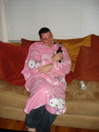 hello kitty snuggie boyfriend