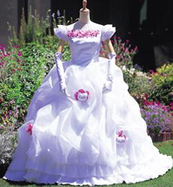 hello kitty wedding dress