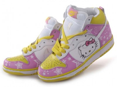 hello kitty Nike dunk high tops