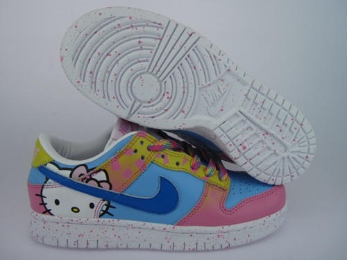 free shipping 35e20 33de3 hello kitty Nike dunk shoes