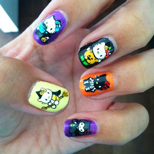 Halloween finger nails