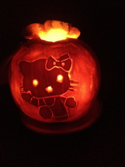 Hello Kitty Halloween jack o lantern carved pumpkin