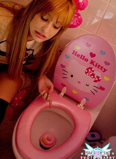 hello kitty toilet pink